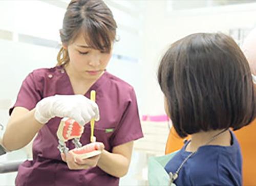 かい歯科は、毎日70~90名程の患者様にご来院頂いている地域最大規模の医院です
